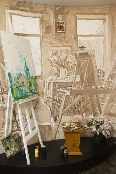 Экспозиции: Уголок мастерской художника