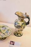 2.Работы мастеров керамики, выставленные на «Весеннем салоне – 2001». Сергиево-Посадский музей-заповедник