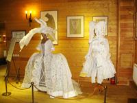 Облик постановки - образ сценического действия начала XVIII века