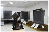 Выставка пуховых платков мастериц из родного села В.С. Черномырдина