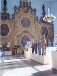 Экспозиция деревянной скульптуры.