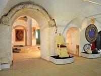 Западный белокаменный портал домового храма. XVI в. Фрагмент экспозиции Государев двор в Александровской слободе