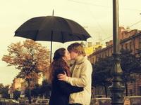«Всё  начинается с поцелуя…»