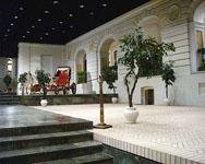 Экспозиции: Общий вид парадного двора третьего Зимнего Дворца Петра I