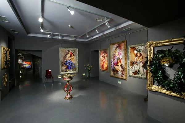 Экспозиции: Выставка картин Ивана Славинского Хозяин времени