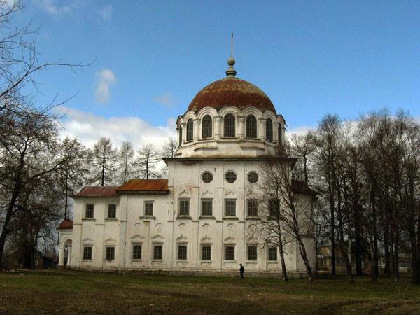 Экспозиции: Троицкая церковь