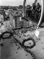 Париж. Очередь. 1984. Черно-белая фотография.
