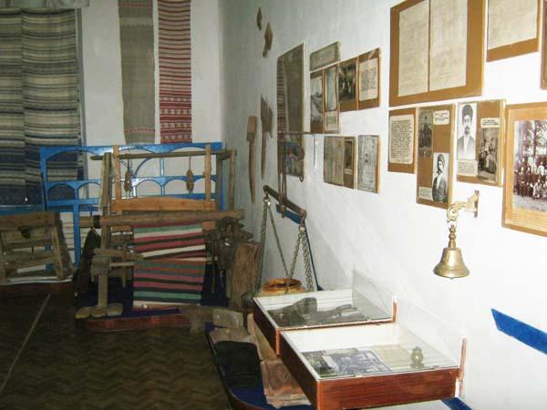 Экспозиции: Ткацкий станок