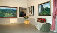 В залах галереи. Выставка творческого объединения Паровоз