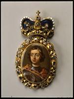 Наградной Портрет Петра I, неизвестный художник нач XVIII в, золото, эмаль, алмазы.