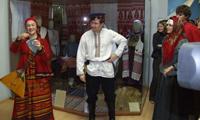 Выставка Русская свадьба в Саратовском музее краеведения