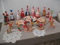 Уголок экспозиции - глиняная игрушка
