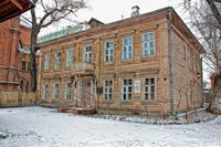 Вид на дом, в котором располагается мемориальная квартира А.Н. Толстого (зима)