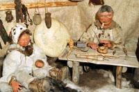 Корякское полуподземное жилище коряков-нымыланов. Мужской отдел
