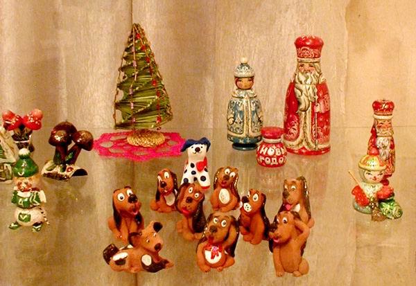 Экспозиции: Новогодний вернисаж в Художественном музее Алтайского края