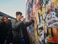 Экспозиции: Фотовыставка Путь  к единству