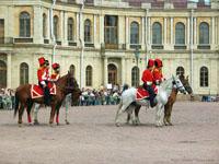 Парад перед Гатчинским дворцом. Фото Г. Пунтусовой
