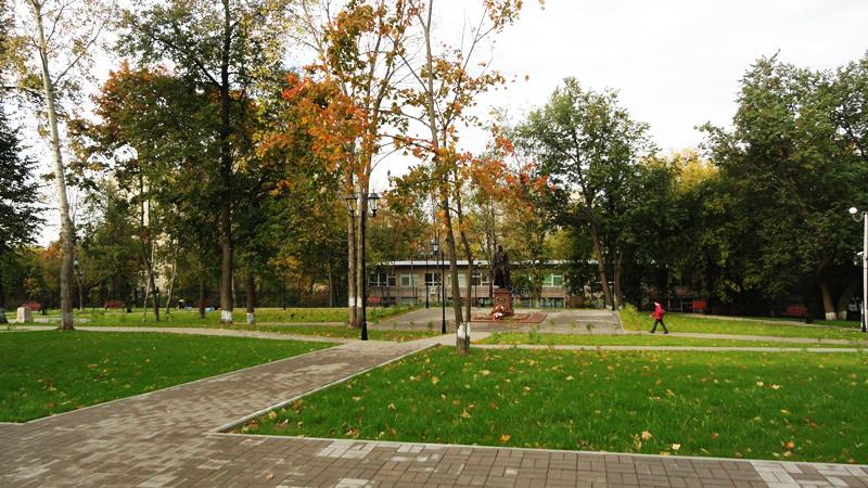 Экспозиции: Парк усадьбы и памятник А.И. Чернышеву