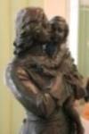 Статуэка Петр I с малолетним Людовиком XV на руках, скульптор  Л.А.Бернштам
