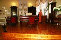 Экспозиция зала XIX века