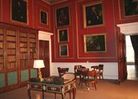 Российские музейщики знакомятся с замками и парками Англии