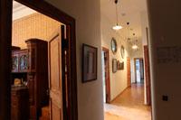 Гостиная и коридор музея
