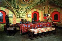 Экспозиции: Палаты в Зарядье. Историко-архитектурный памятник  XV-XVII вв. Дом бояр Романовых