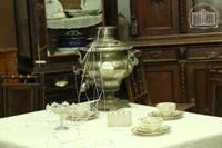 Фрагмент выставки Мебель прошлого. МИКСП, г. Сарапул, 2013 г. Фото: Евгений Караванов.