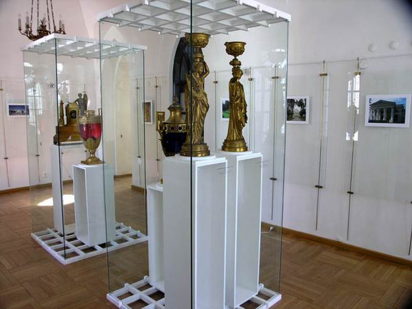 Экспозиции: Из Останкина в Царицыно