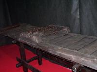 Экспозиции: Дыба. Выставка Инквизиция. Средневековые орудия пыток