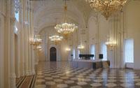 Экспозиции: Мраморный дворец. Белый зал