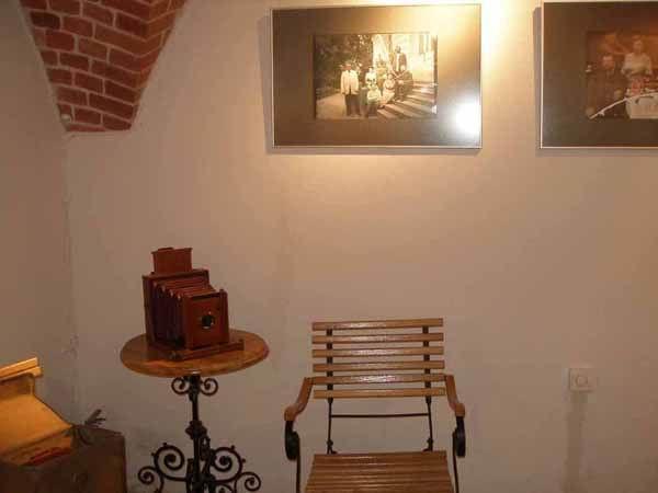 Экспозиции: Выставка фотографий, сделанных на стеклянных пластинах, в Калининграде