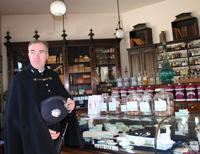 Викторианский город и музей фарфора  глазами меняющийхся музейщиков