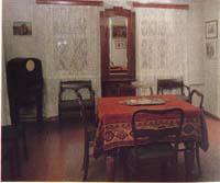Интерьер зала первого этажа