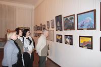 На выставке картин из фондов Международного Центра Рерихов Весть Красоты. Декабрь 2010. Пенза.