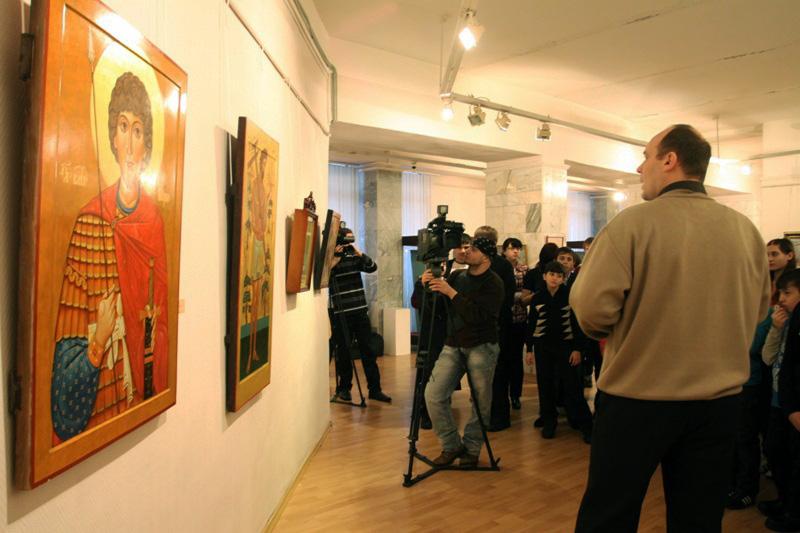 Значимые места: Экскурсия по выставке Святые лики Руси