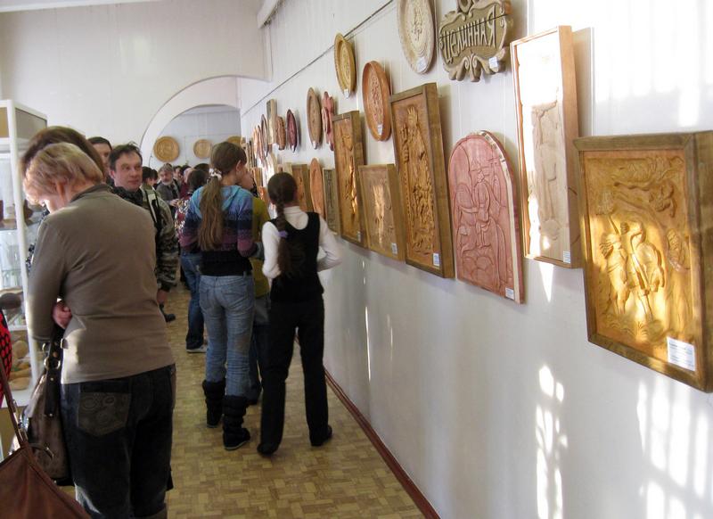 Значимые места: Выставка-конкурс юных резчиков по дереву Золотой резец