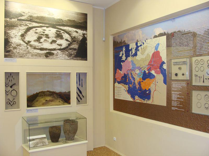 Значимые места: Экспозиция Древнейшая история Смоленской земли