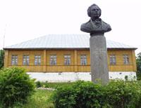 Значимые места: Дворяниново. Памятник А.Т.Болотову. Фото А.Лебедева
