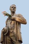 Памятник Ф.И. Шаляпину в Казани. Фрагмент
