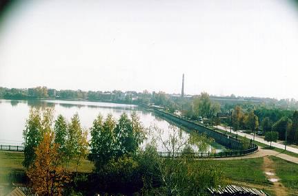 Значимые места: Вид машиностроительного завода и пруда