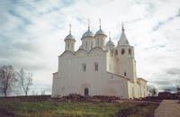 Вид Успенского собора, памятника 14в.
