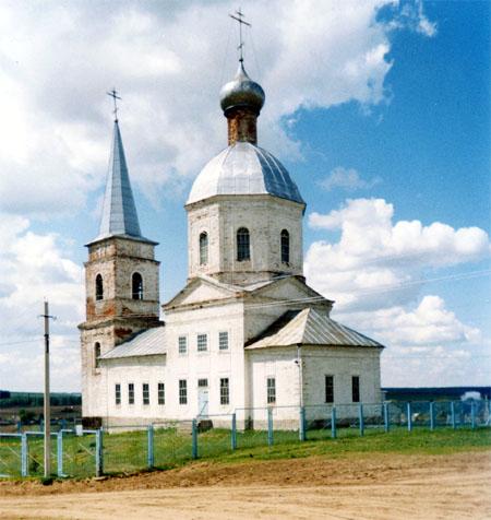 Значимые места: Владимиро-Богородицкая церковь.  Двухпрестольный храм построен в 1787 году на средства графа  И. И. Воронцова