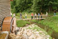 Экскурсия на водяную  мельницу. Форум Мир воды глазами детей в  Пушкинском заповеднике