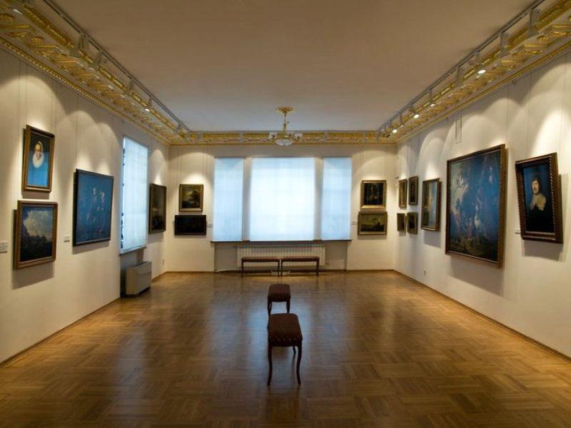 Значимые места: Вид экспозиции в Доме Сироткина