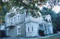 Северный и западный фасад здания. 2001