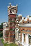 Усадебно-архитектурный музей-заповедник Замок Шереметева, вид Византийской башни