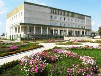 Районный Дом культуры, где располагается Кизнерский музей