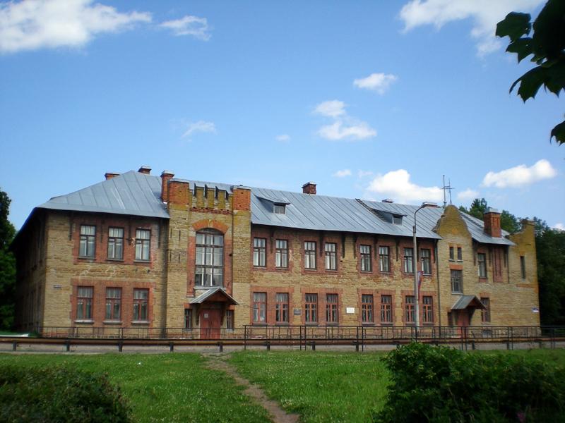 Здания и сооружения: Кингисеппский историко-краеведческий музей