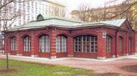 Здания и сооружения: Домик Петра I (филиал Русского  музея)